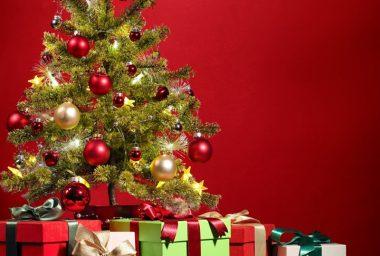 Giving the Gift of Bitcoin This Holiday Season