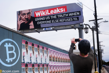 Did Julian Assange Just Use the Bitcoin Blockchain to Prove He Is Alive?