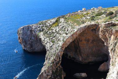 Malta Bitcoin Schizophrenia: Government and Banks Send Mixed Signals