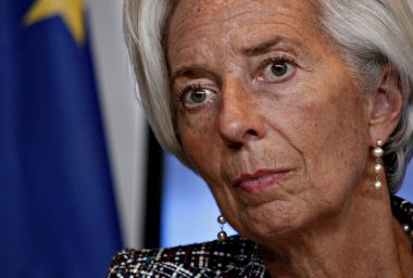 IMF Chief Envisages Large-Scale Shift Towards Cryptocurrencies