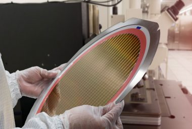 Samsung Begins 7nm Chip Production